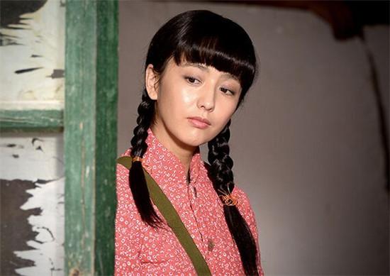 尤其是佟麗婭,參演過的所有電視劇都熱播,可謂是收視率的保障.