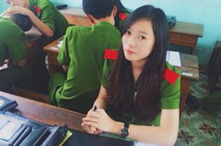 越南警察部队中美女不少