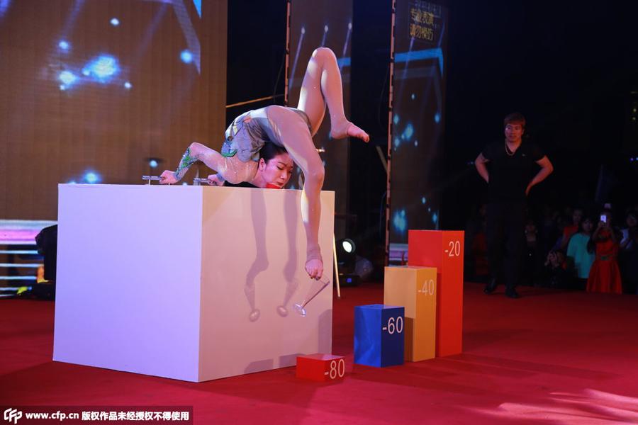 中国第一柔术美女柔若无骨令人惊叹