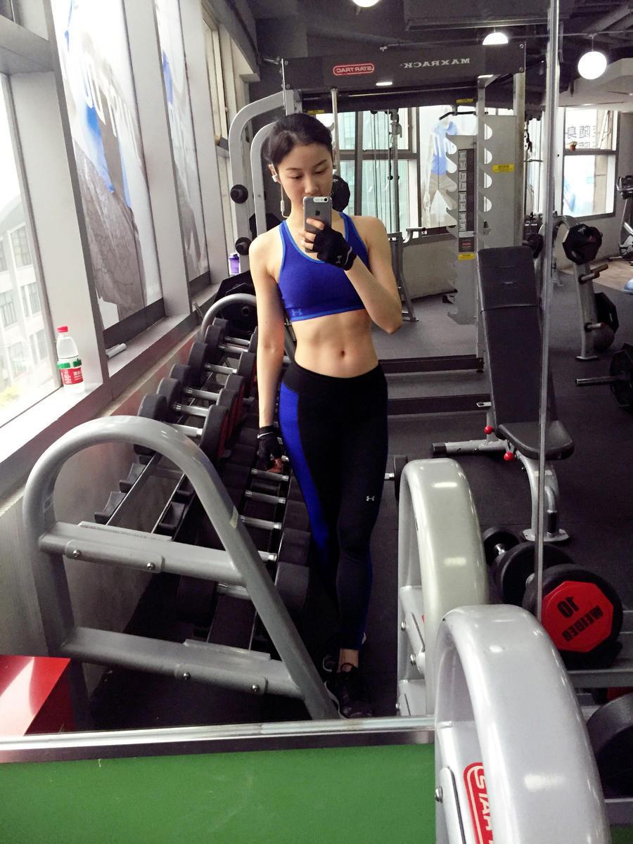 社会资讯_中国最美健身空姐爆红 不输韩最美女教师_娱乐_环球网