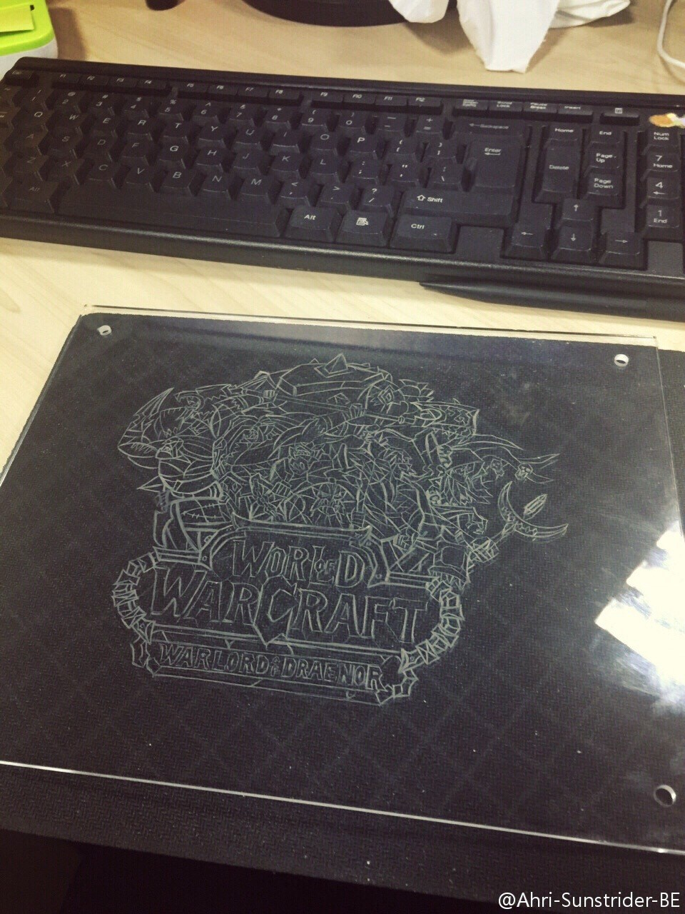 玩家自制德拉诺主题玻璃画