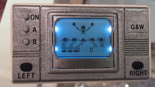 Nokia简直逆天 用旧了还能改造游戏机?