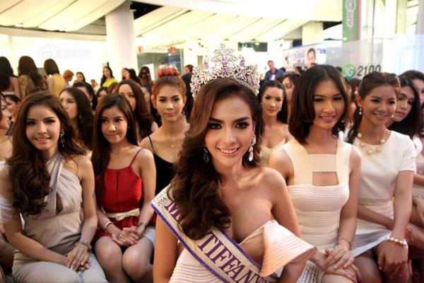 泰国变性人环球小姐选美大赛 个个性感妖娆(图)