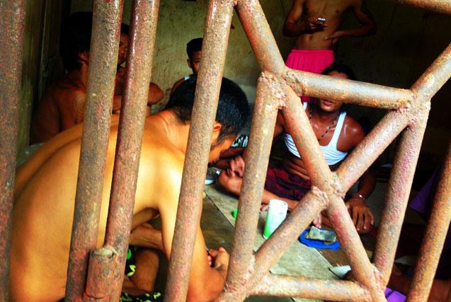 """曝光印尼""""缅甸奴工""""的悲惨生活"""