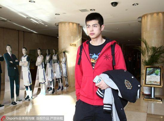 北京队球员目标都很实际 方硕:感受气氛提高自己