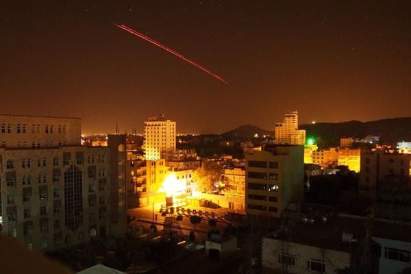 沙特领导盟军继续空袭也门