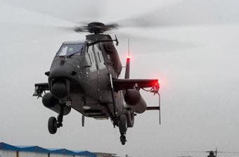 新疆陆航直19恶劣天气下训练