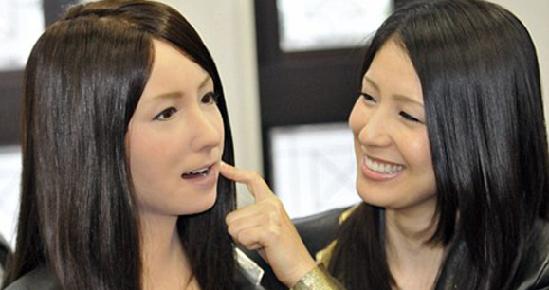 人类拥有大白可能很远 中国不应学日本机器人