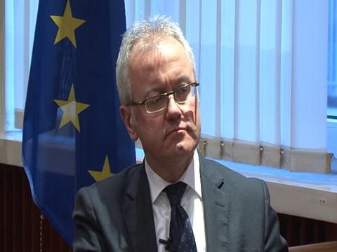 欧美资深经济学家:认可亚投行 对彼此前景分歧