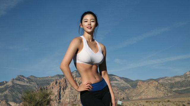 韩国90后美女嫩模健身练出黄金比例身材