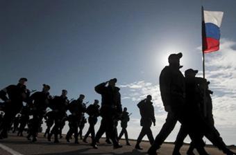 俄军在克里米亚进行阅兵彩排