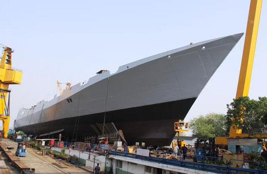 印度改进版神盾驱逐舰下水