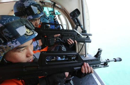 第二十批护航编队反海盗演练