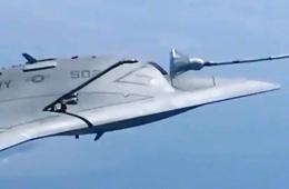 X-47B无人战机首次空中加油影像记录