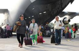 印度C17大运从尼泊尔接回灾民