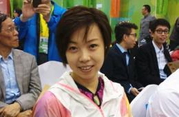 高清:张怡宁现身苏州引乒乓狂潮 球迷现场表白