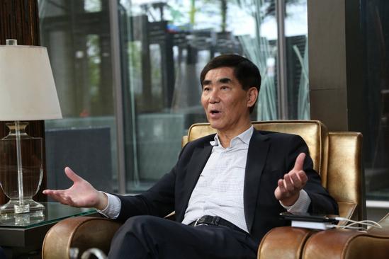 专访川航前总裁蓝新国:从特级飞行员到骑士