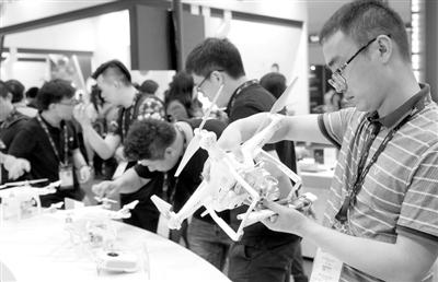 中国无人机已处国际前列 科研能力尚显不足