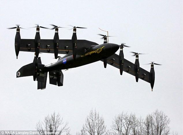 NASA试飞新型无人机 机身装有10个发动机