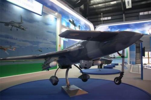 中国研制成功大中型无人机发动机 打破国外垄断