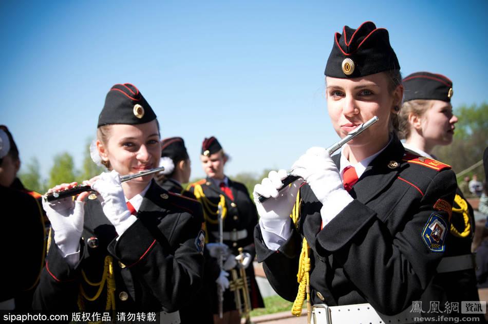 中国女兵高清图片_俄罗斯女兵方阵亮相红场大阅兵_国际新闻_环球网