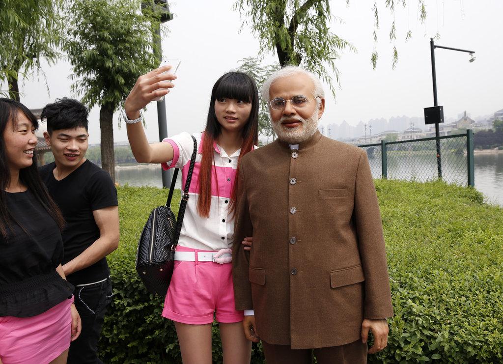 西安:印度总理替身引围观 真假难辨傻傻分不
