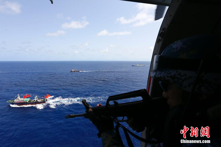 逻警戒、直升机空中巡逻警戒等方式外,还采取了雷达警戒、红外观图片