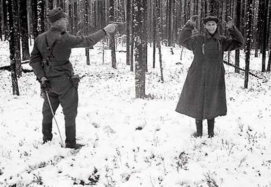 芬兰曝光苏芬战争照片:苏联间谍微笑面对死刑