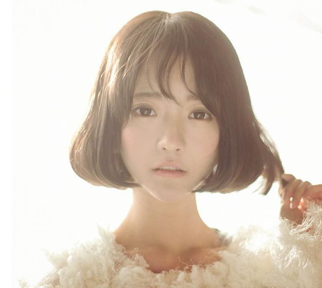 韩国颜值逆天萌妹yurisa新照 短发造型俏皮可爱图片