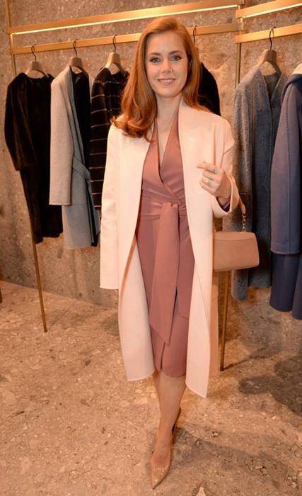 艾米•亚当斯淑女装现麦丝玛拉2016度假系列服装展