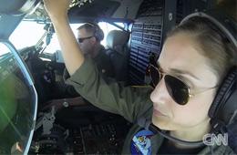 美侦察机飞越南海岛礁遭中国警告