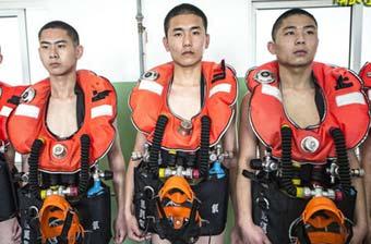 揭秘中国潜艇兵是怎样炼成的