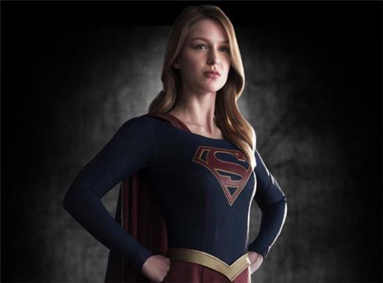 """""""女超人""""梅利莎·拜诺伊斯特谈试穿超人戏服"""