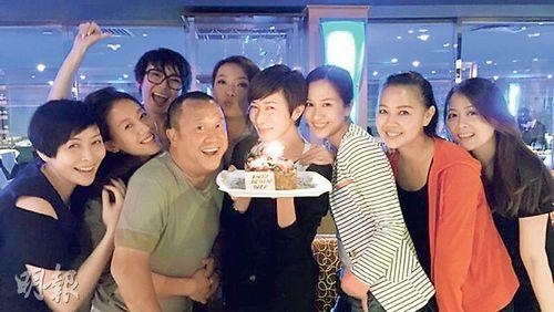 佘诗曼提前庆40岁生日曾志伟、汤盈盈现身