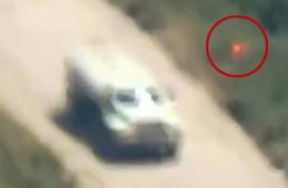 叙反对派用陶氏导弹击毁装甲车过程