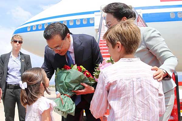 李克强结束拉美四国访问回京 经停西班牙