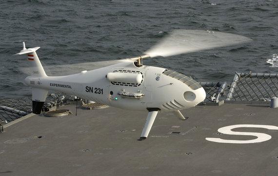 S-100无人机再次执行地中海难民营救任务