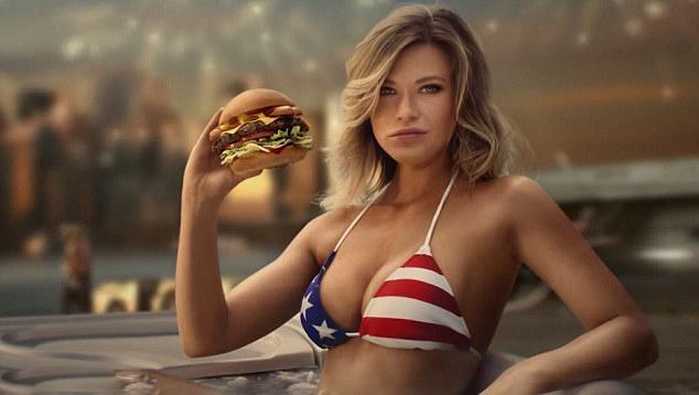 香艳!金发名模着星条比基尼代言汉堡连锁品牌