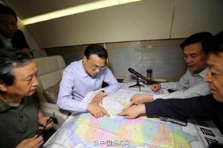 李克强就长江沉船批示:不惜一切代价抢救生命