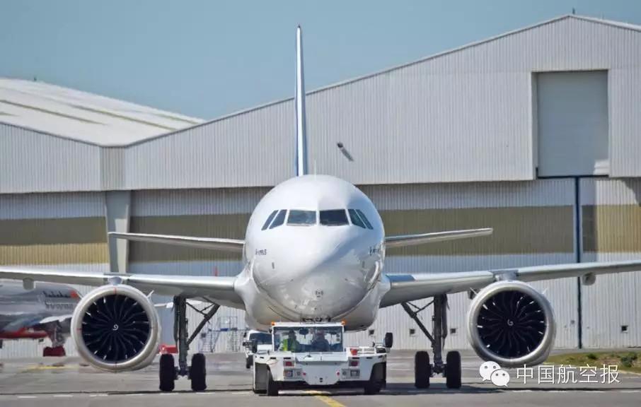 首架配leap-1a发动机的空客a320neo成功首飞图片