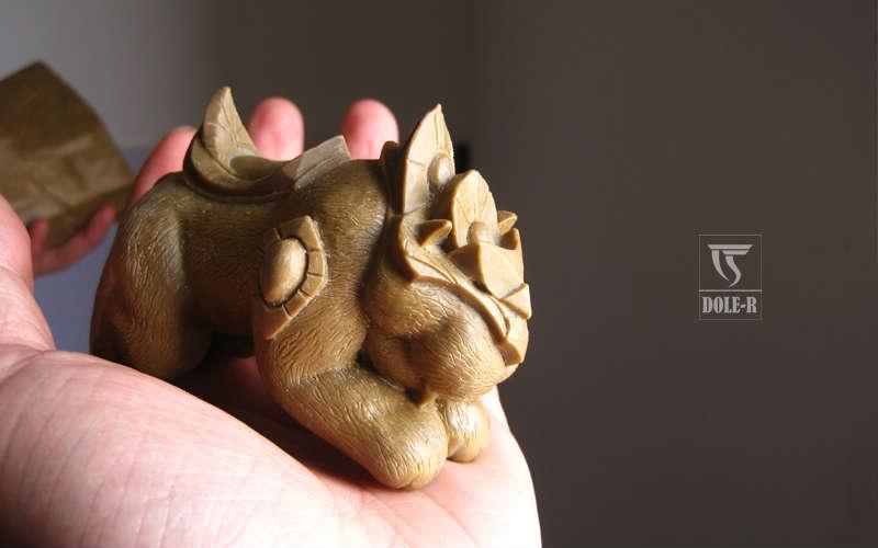 魔兽玩家精美魔兽木雕作品