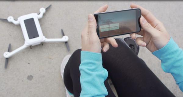 iPhone也能飞!无人机套件让你的手机瞬间变身!