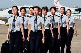 民航女飞训练生活管理准军事化