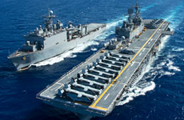 """美军两栖舰上""""鱼鹰""""成群连续起飞"""