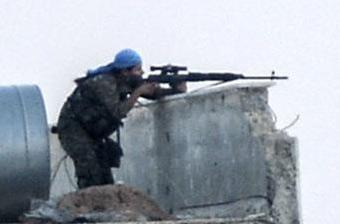 叙库尔德女兵精确狙杀IS分子