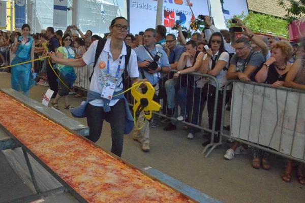 米兰世博会出炉世界最长匹萨