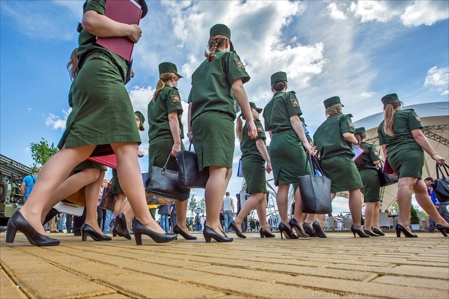 俄罗斯陆军论坛变成军迷盛会