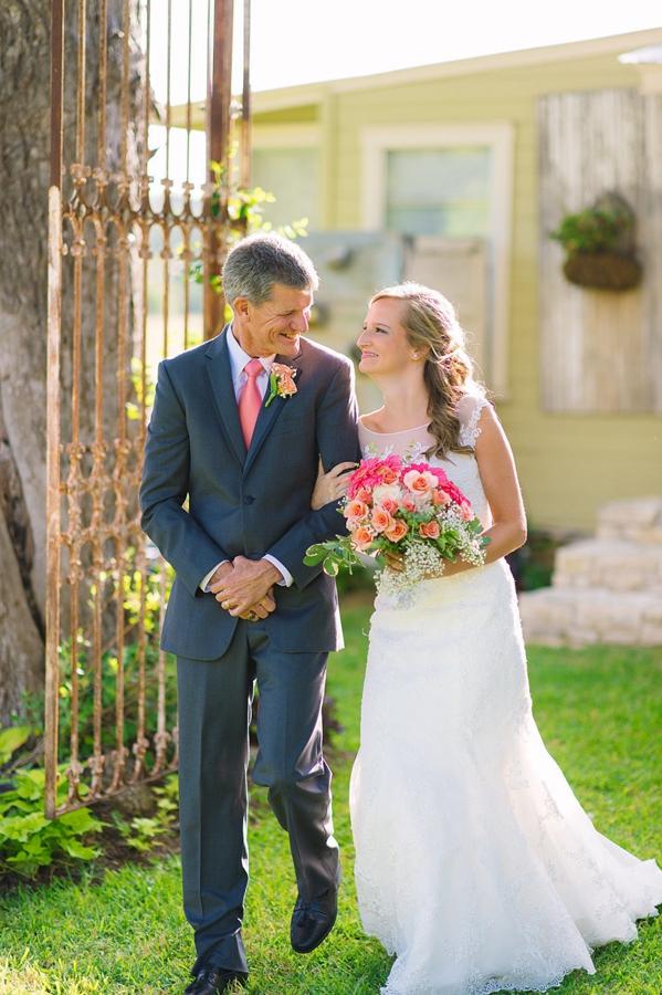 是哭是笑或是很沉默 新娘与父亲的38个感人瞬间
