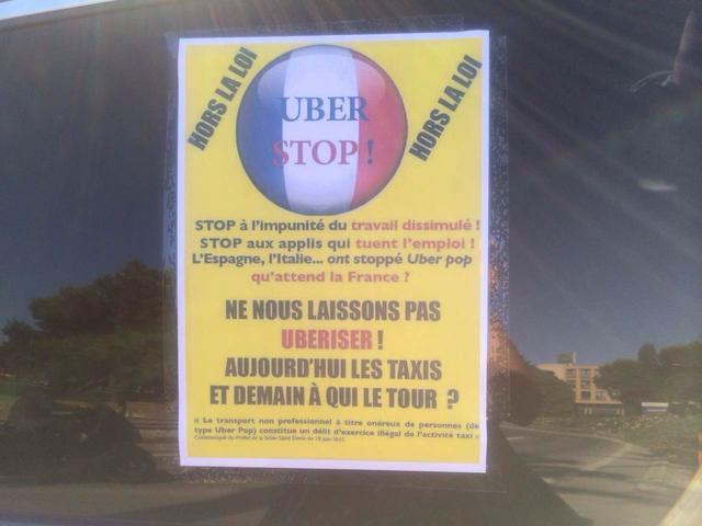 法国出租车司机罢工抗议Uber 引发交通瘫痪