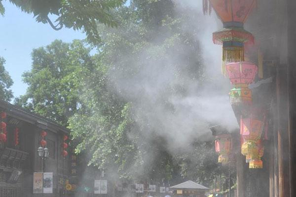 """福州""""大空调""""为游客和市民降温"""